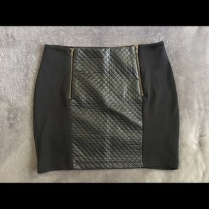 Black quilted faux leather skirt